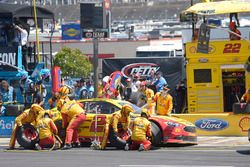 Joey Logano, Team Penske Ford, makes a pit stop
