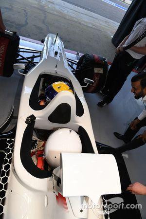 Patrick Friesacher, F1 Experiences, Doppelsitzer-Fahrer; Passagier Frankie Muniz, Schauspieler