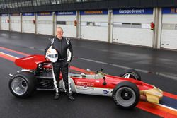Martin Brundle con el Lotus 49B