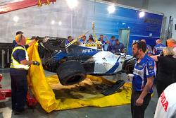 Разбитый автомобиль Эстебана Гутьерреса, Dale Coyne Racing Honda