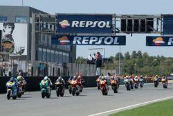 Aksi selepas start CEV Moto2