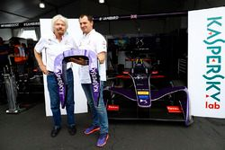 Руководитель команды DS Virgin Racing Алекс Ти и Ричард Брэнсон