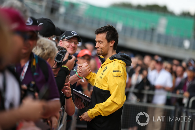 Jolyon Palmer, Renault Sport F1 Team meets the fans at the autograph session and signs autographs