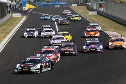 Старт гонки: лидирует Рене Раст, Audi Sport Team Rosberg, Audi RS5 DTM