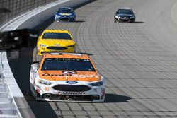 Ryan Blaney, Wood Brothers Racing Ford, Landon Cassill, Front Row Motorsports Ford, Front Row Motors