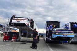 Ryan Blaney, Wood Brothers Racing Ford, Ricky Stenhouse Jr., Roush Fenway Racing Ford es descargado