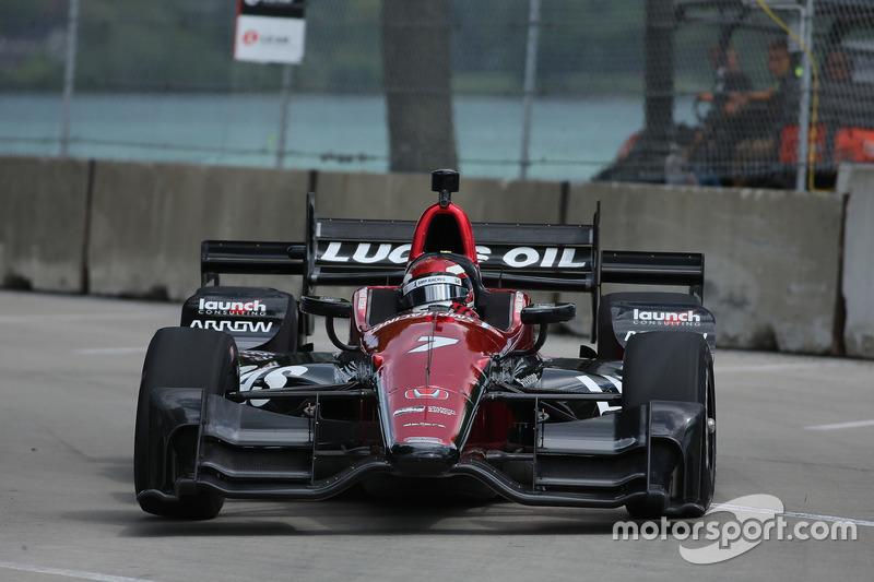 Indy 500: невезение Алешина