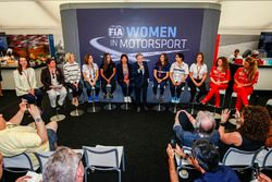 Susie Wolff, Claire Williams, Deputy Team Principal, Williams, Marta Garcia, Renault Sport F1 Team S