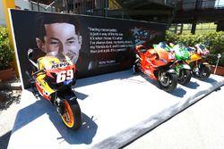 Hommage à Nicky Hayden avec ses motos