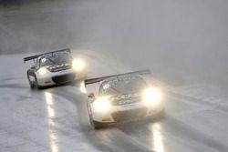 #17 KÜS TEAM75 Bernhard, Porsche 911 GT3 R: Mathieu Jaminet, Michael Ammermüller, #18 KÜS TEAM75 Ber