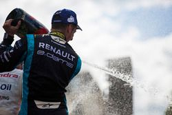 Sébastien Buemi, Renault e.Dams, celebra