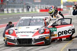 Boxenstopp, #99 Precote Herberth Motorsport, Porsche 911 GT3 R: Robert Renauer, Sven Müller