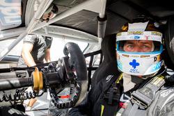 #90 MARC Cars Australia, BMW M6 GT3: Chaz Mostert