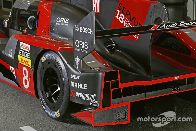 L'arrière de la #8 Audi Sport Team Joest Audi R18