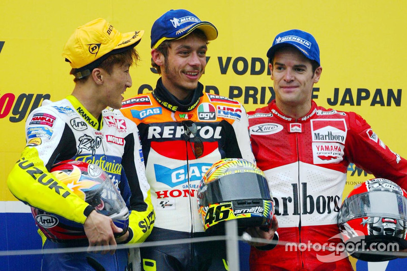 Podio: Valentino Rossi, Repsol Honda Team, Akira Ryo, Suzuki, y Carlos Checa, Yamaha Factory Racing