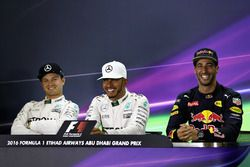 Press conference: polesitter Lewis Hamilton, Mercedes AMG F1, second position Nico Rosberg, Mercedes
