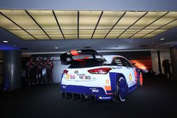 Hayden Paddon, Daniel Sordo, Thierry Neuville bei der Vorstellung des Hyundai i20 Coupe WRC