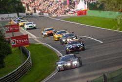 #76 Audi Sport Team ISR Audi R8 LMS: Пьер Каффер, Франк Штипплер, Кельвин ван дер Линде
