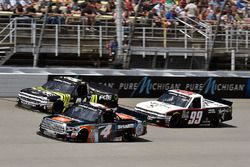Christopher Bell, Kyle Busch Motorsports Toyota, Darrell Wallace Jr., MDM Motorsports Chevrolet