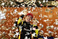 Il vincitore della gara Simon Pagenaud, Team Penske Chevrolet