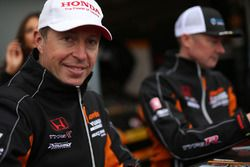 Matt Neal, Team Dynamics, Honda Civic Type R