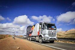 Peugeot Sport assistance team truck