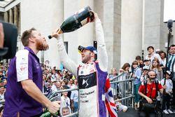 Sam Bird, DS Virgin Racing, ,wins the Rome ePrix, celebrates with the DS Virgin Team