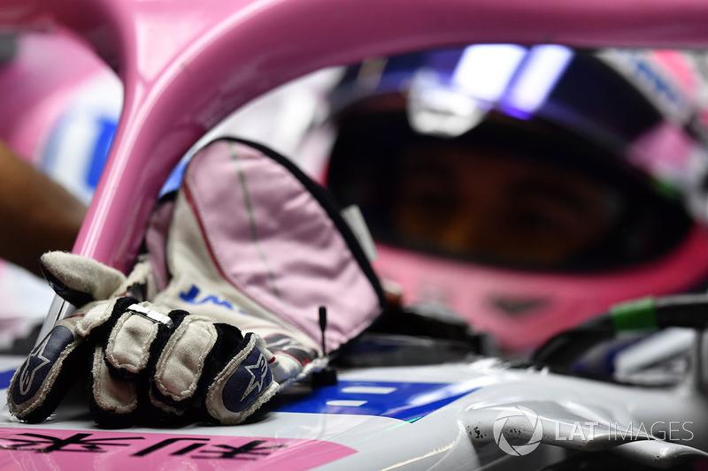 Les gants de Sergio Perez, Force India VJM11