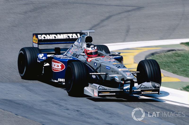 "<img src=""https://cdn-0.motorsport.com/static/img/cfp/0/0/0/100/110/s3/japan-2.jpg"" alt="""" width=""20"" height=""12"" />Шиндзи Накано, Minardi (0 очков)"