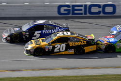 Kasey Kahne, Hendrick Motorsports Chevrolet and Matt Kenseth, Joe Gibbs Racing Toyota