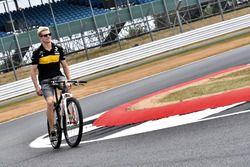 Nico Hulkenberg, Renault Sport F1 Team en bici