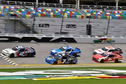 Kyle Larson, Chip Ganassi Racing, Chevrolet Camaro DC Solar, Justin Allgaier, JR Motorsports, Chevrolet Camaro Breyers 2in1 and Matt Tifft, Richard Childress Racing, Chevrolet Camaro KCMG