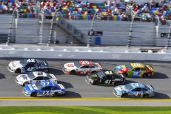 Kyle Larson, Chip Ganassi Racing Chevrolet Camaro, Brad Keselowski, Team Penske Ford Fusion, Ricky S