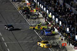 Pit stop Matt Crafton, ThorSport Racing Ford F-150