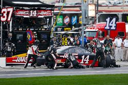 Clint Bowyer, Stewart-Haas Racing, Haas Automation Ford Fusion pit stop