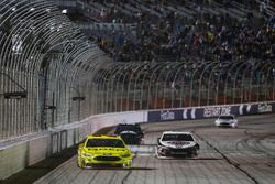 Il vincitore Kevin Harvick, Stewart-Haas Racing, Jimmy John's Ford Fusion