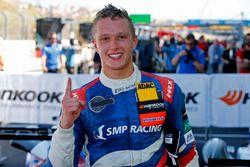 Race winner Nikita Troitskiy, Carlin Dallara F317 - Volkswagen