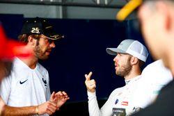 Jean-Eric Vergne, Techeetah, talks to Sam Bird, DS Virgin Racing