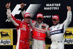 Podium: second place Kimi Raikkonen, Ferrari, Race winner Lewis Hamilton, Mclaren and third place Nick Heidfeld, BMW Sauber F1