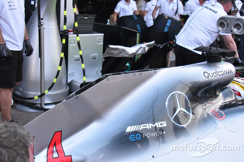 Mercedes AMG F1 W09 rear bodywork detail