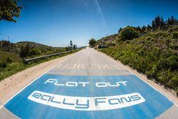 Fans road signage