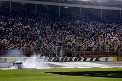 Johnny Sauter, GMS Racing, Chevrolet Silverado ISM Connect celebrates his victory
