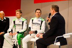 Michal Hrabanek, Pavel Hortek, Pontus Tideman and Emil Axelsson of Skoda talk to Henry Hope-Frost on