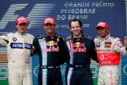 Podio: segundo lugar Robert Kubica, BMW Sauber, Ganador de la carrera Mark Webber, Red Bull Racing
