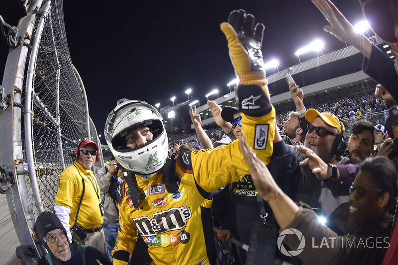 Ganador Kyle Busch, Joe Gibbs Racing