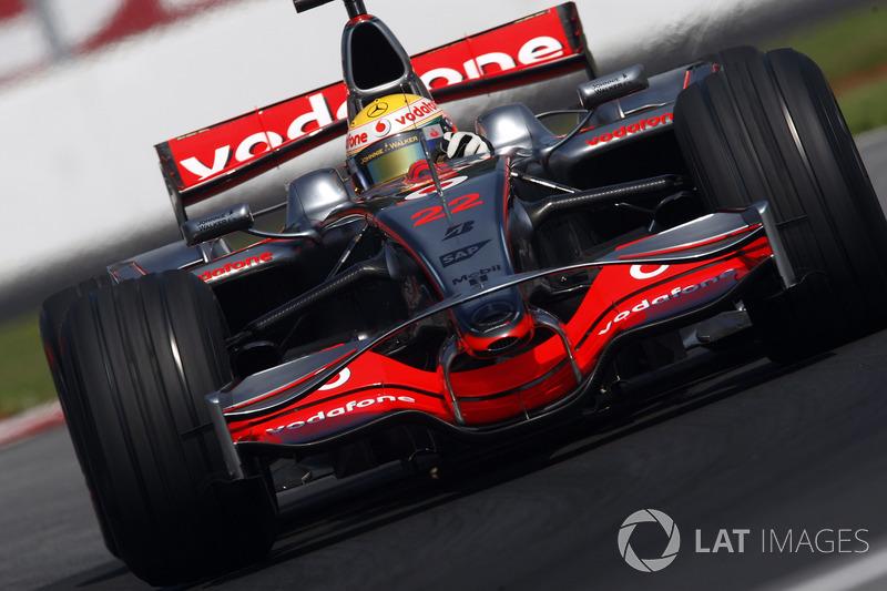 McLaren-Mercedes MP4-23: 6 victorias
