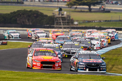 Jamie Whincup, Triple Eight Race Engineering Holden Scott McLaughlin, DJR Team Penske Ford