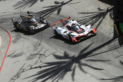 #7 Acura Team Penske Acura DPi, P: Helio Castroneves, Ricky Taylor, #5 Action Express Racing Cadillac DPi, P: Joao Barbosa, Filipe Albuquerque