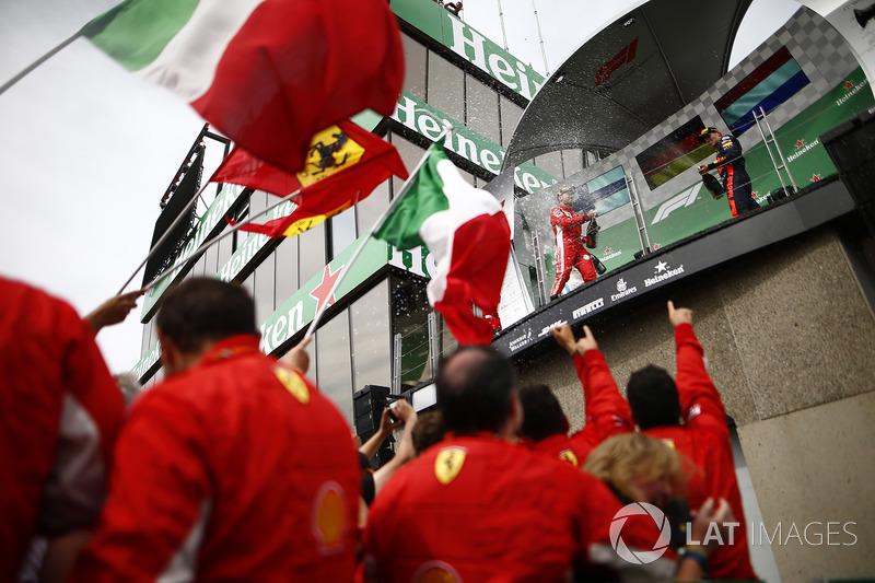 Podyum: Yarış galibi Sebastian Vettel, Ferrari, 3. Max Verstappen, Red Bull Racing