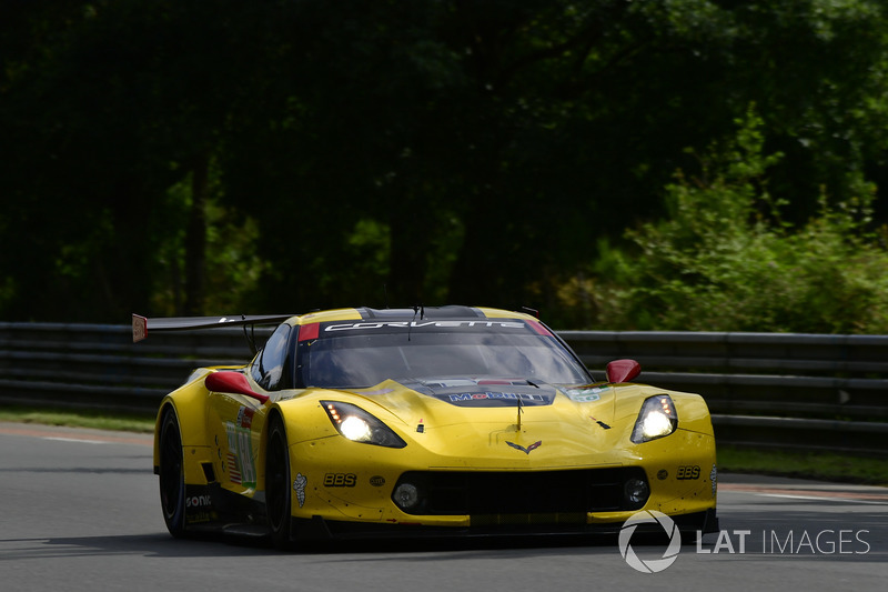 45: #64 Corvette Racing Chevrolet Corvette C7.R: Oliver Gavin, Tommy Milner, Marcel Fassler, 3'50.952